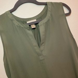 Loft Split Neck Sleeveless Blouse